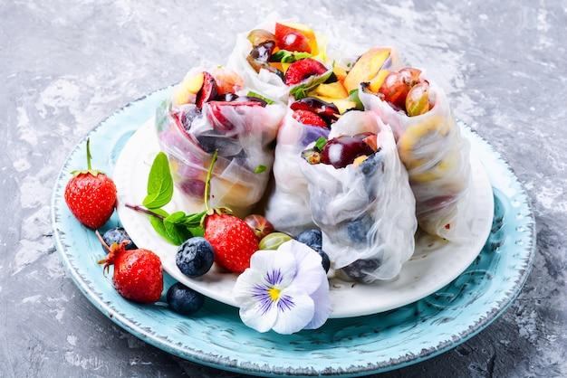 Rolinho primavera japonês delicioso Foto Premium