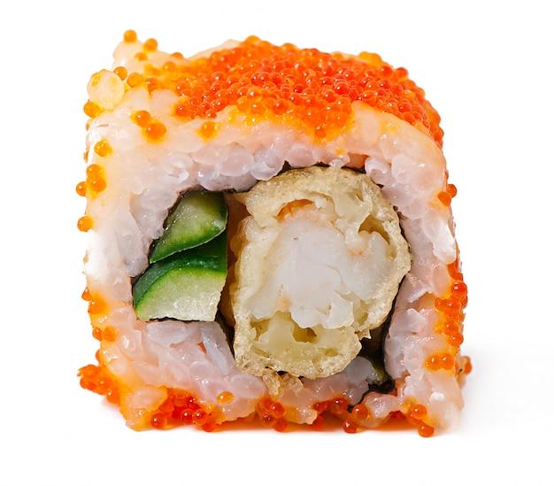Rolos de sushi japonês fresco tradicional Foto gratuita
