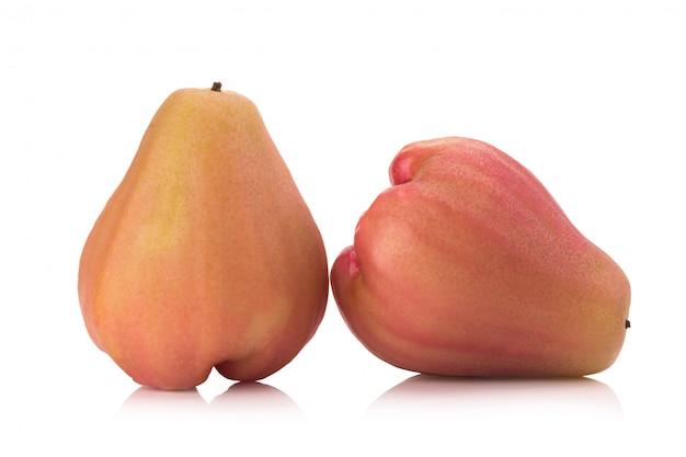 Rose maçãs isoladas no fundo branco Foto Premium