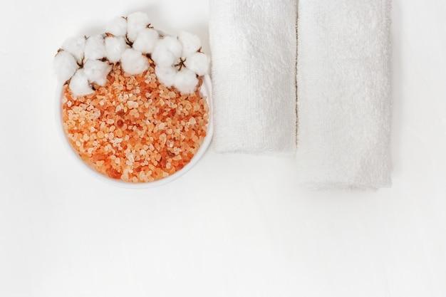 Sal marinho para banho Foto Premium