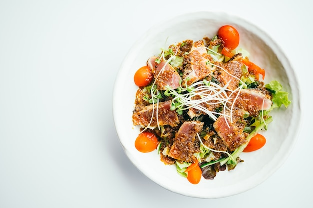 Salada de atum Foto gratuita
