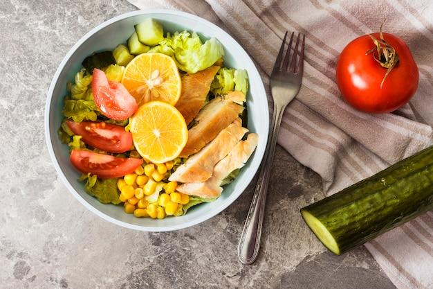 Salada de galinha Foto gratuita
