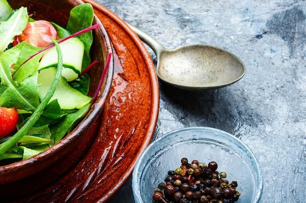Salada vegan saudável Foto Premium