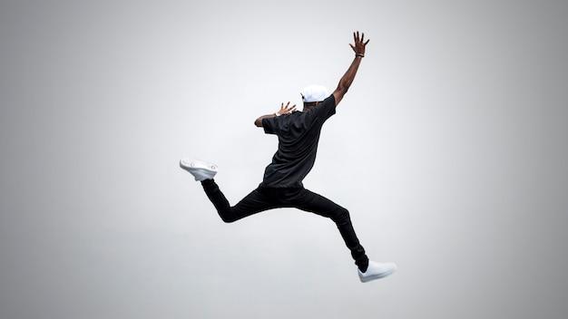 Salto elegante Foto Premium
