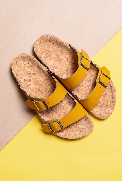 Sandálias de couro de moda masculina e feminina Foto Premium