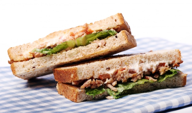 Sanduíches frescos e saborosos Foto gratuita