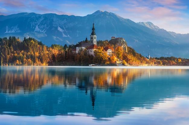 Sangrado na eslovênia, europa Foto Premium