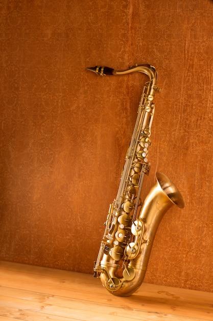 Sax sax tenor saxofone vintage retro Foto Premium