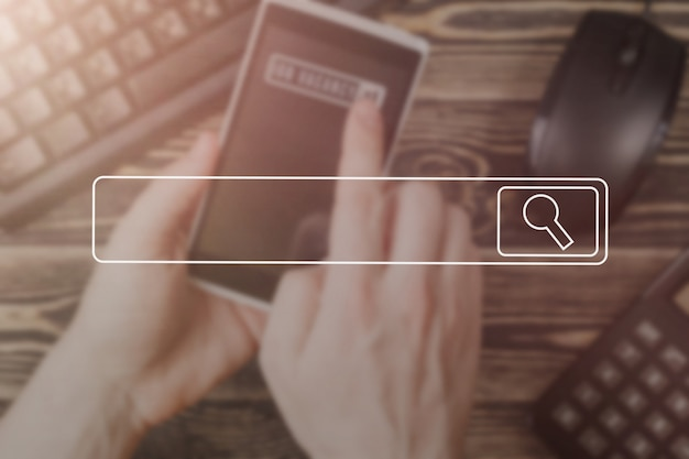Searching browsing internet data information networking concept soft focusimagem conceito vintage. Foto Premium