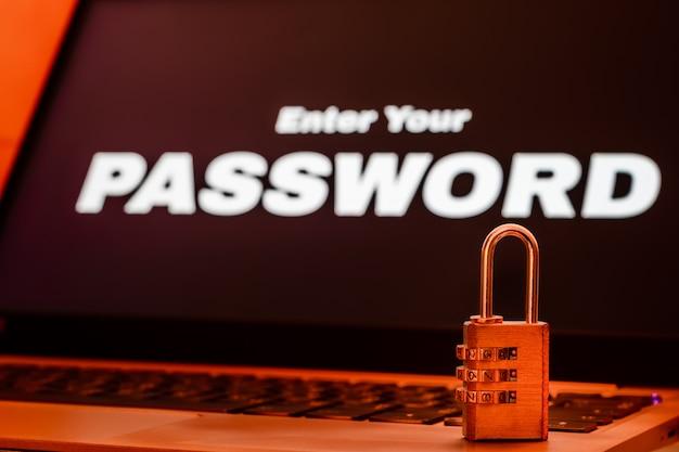 Segurança da informação de computador e conceito de proteção de dados Foto Premium