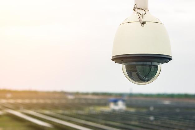 Segurança da usina solar Foto Premium