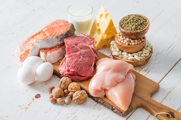 Seleção de fontes de proteína na cozinha Foto Premium