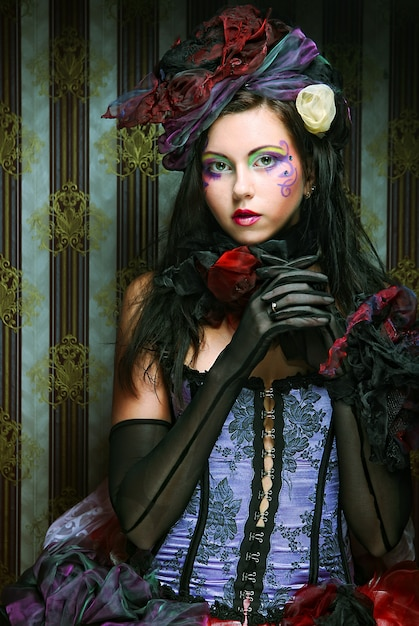 Senhora com maquiagem artística. estilo de boneca. Foto Premium