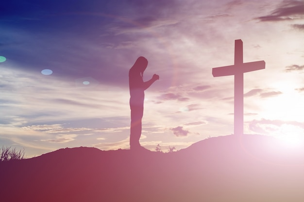 Silhueta alma cemitério religião salvador Foto Premium