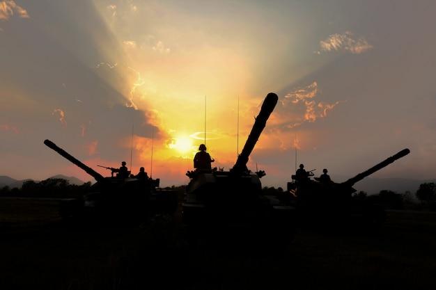 Silhueta de tanque do exército Foto Premium