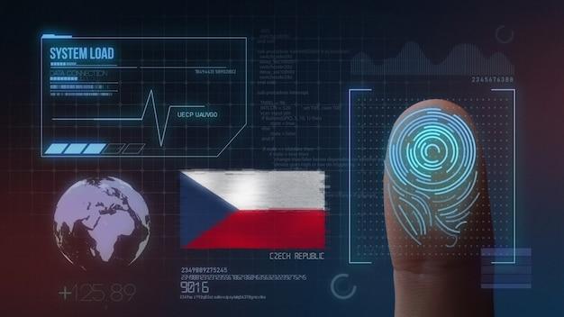 Sistema de identificação de digitalização biométrica por impressão digital. república checa nacionalidade Foto Premium