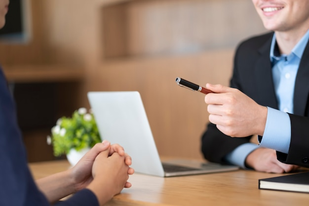 Situação de negócios, conceito de entrevista de emprego. Foto Premium