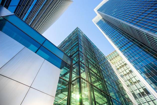 Skyscrapper office construção de negócios em londres Foto Premium
