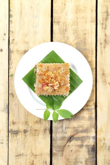 Sobremesa tailandesa, quadrados do creme do coco. Foto Premium