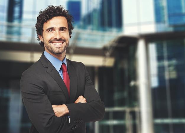 Sorrindo, confiante, homem negócios Foto Premium