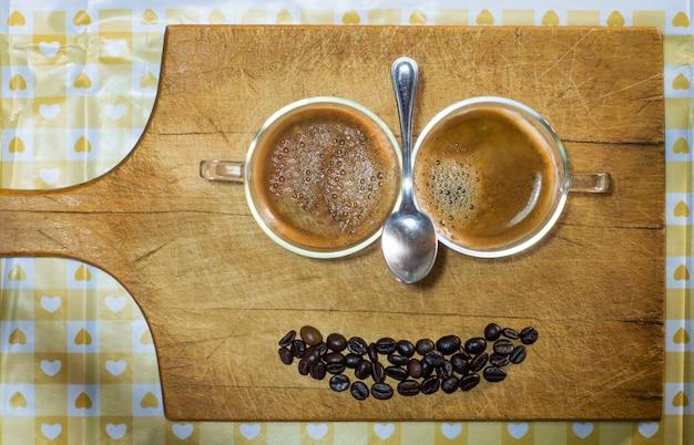 Sorriso de café isolado Foto Premium