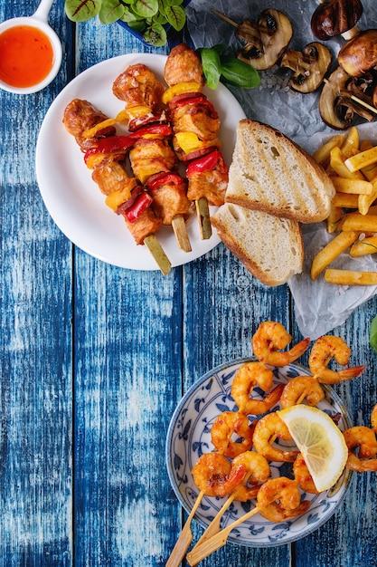 Sortido de almoço para churrasco Foto Premium