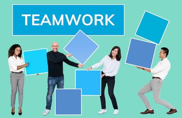 Sucesso através do trabalho em equipe e construção de equipes Foto gratuita