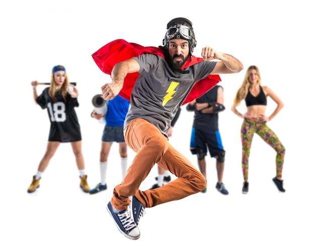 Super-herói dando um soco Foto Premium