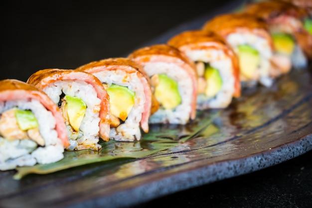 Sushi de carne matsusaka e wagyu Foto gratuita