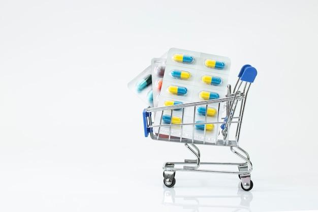 Tablet de pílula de remédio de farmácia de carrinho de supermercado Foto Premium