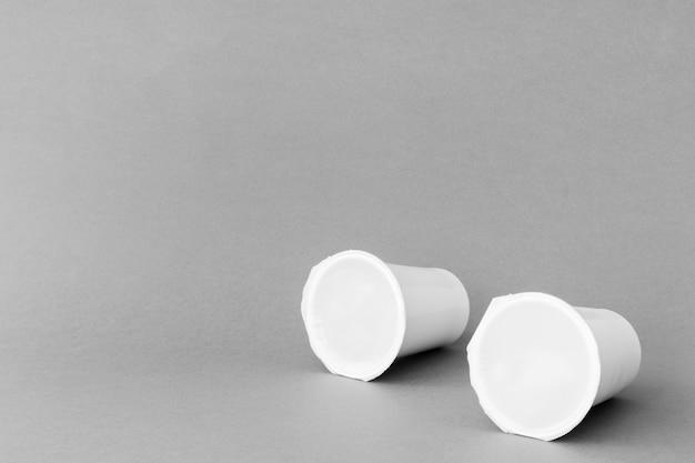 Taças seladas de laticínios Foto gratuita