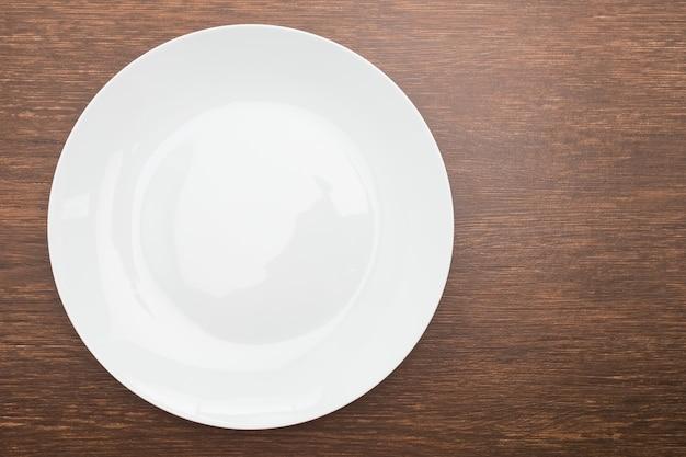 Talheres sobrecarga de madeira alimentos de refeições Foto gratuita