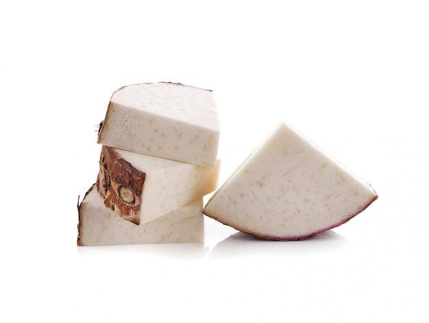 Taro isolado no branco Foto Premium