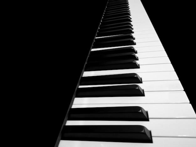 Teclado de piano close-up Foto Premium