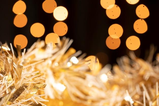 Tema dourado na festa de ano novo Foto gratuita