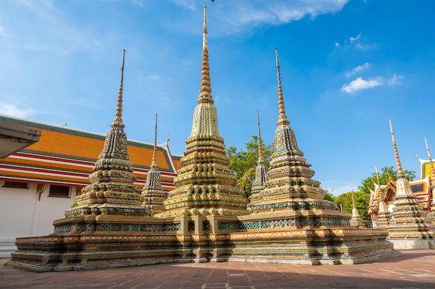 Templo da tailândia em bangkok, tailândia Foto Premium
