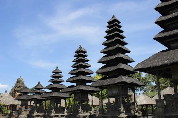 Templo de alas kedaton em bali Foto Premium