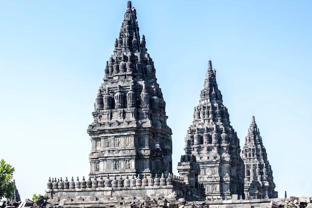 Templo de prambanan, yogyakarta na ilha de java, indonésia Foto Premium