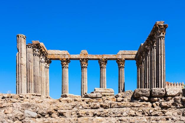 Templo romano de évora Foto Premium