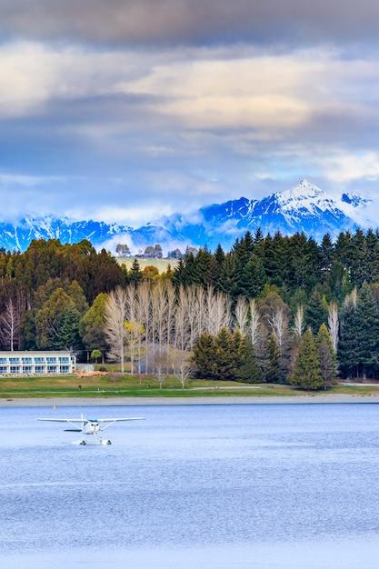 Terra, scape, e, natural, vista montanha, ponto, de, lago, te anau, ilha sul, nova zelândia Foto Premium