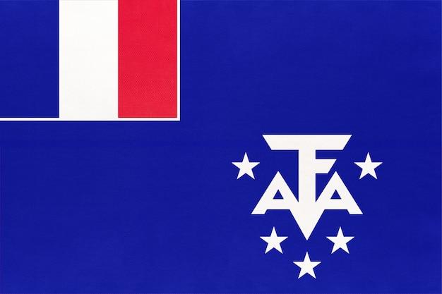 Terras francesas do sul e antárticas. bandeira oficial da taaf. Foto Premium