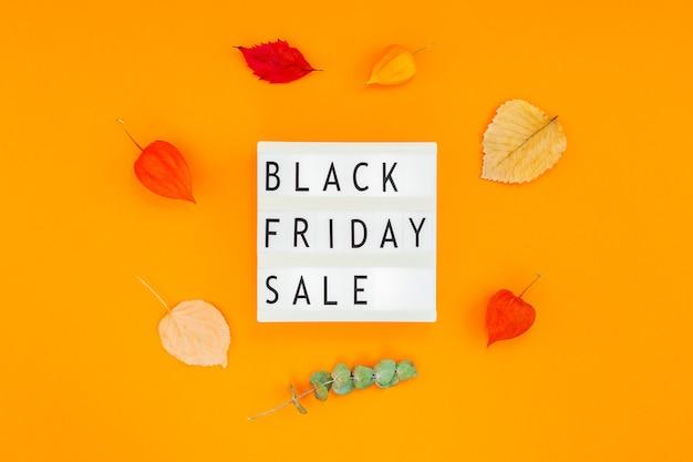 Texto de venda sexta-feira negra na lightbox branca Foto Premium