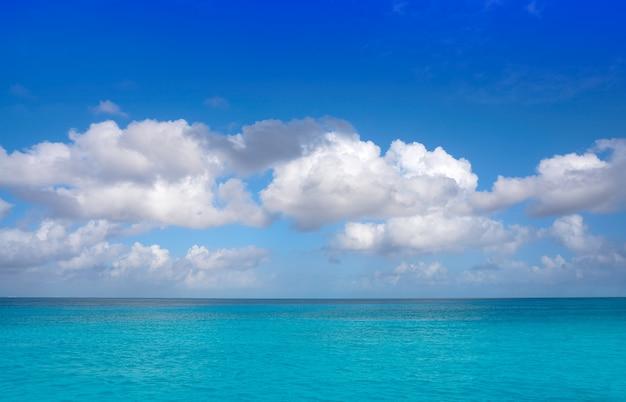 Textura de água turquesa perfeita do caribe Foto Premium