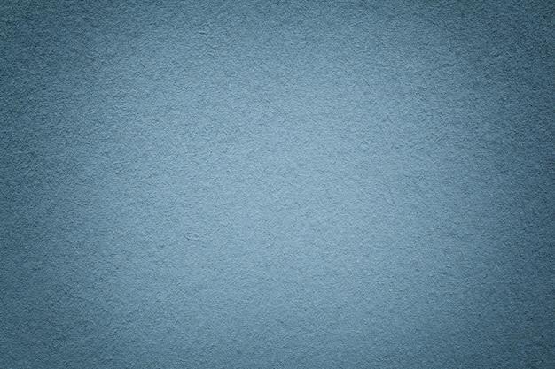 Textura de fundo de papel cinza velho, closeup, estrutura de papelão azul claro denso, Foto Premium