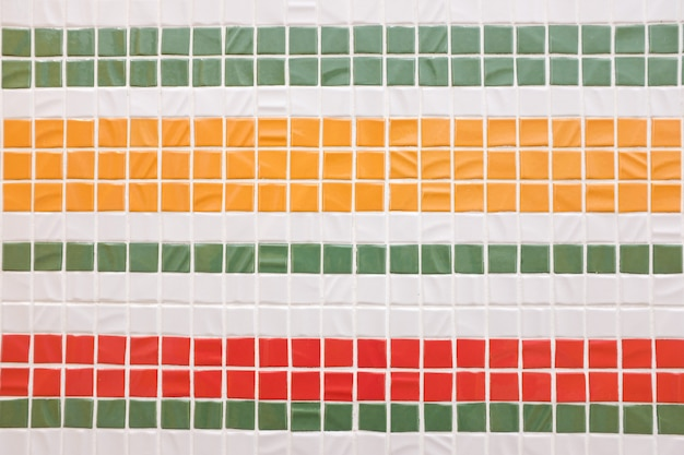 Textura de mosaico colorido decorativo. telhas coloridas, parede. Foto Premium
