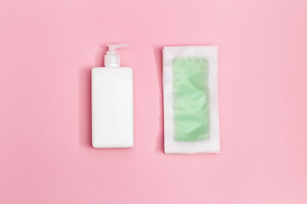 Tiras de cera verdes com efeito de menta e resfriamento, hidratante corporal Foto Premium