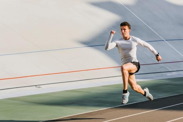 Tiro longo, de, atleta, corrida Foto gratuita