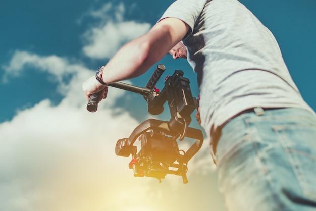 Tomando video shoots usando dlsr Foto gratuita