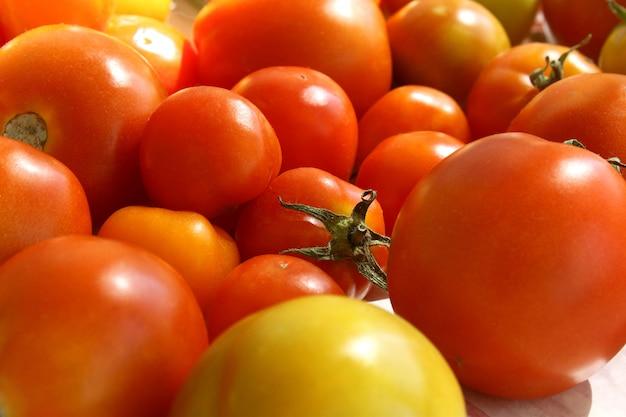 Tomates maduros Foto Premium