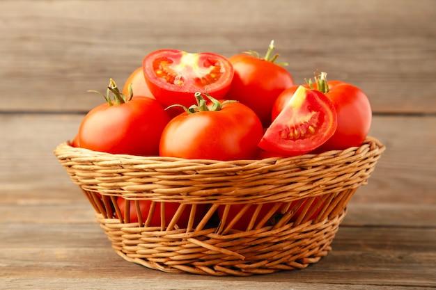 Cachorro pode comer tomate